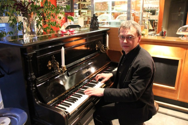 Aleksandr Kutnevic Jazzpianist